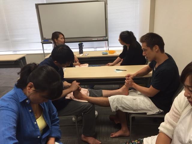11月リマイスター学院 「足ツボ勉強会」 ~数秘術占い~