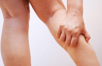 足がつる原因と対処法。「もうつるのはイヤだ!」知っておくべき対処法と予防策!
